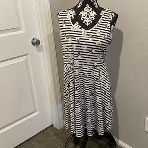 Hot Topic Skull print dress NWT